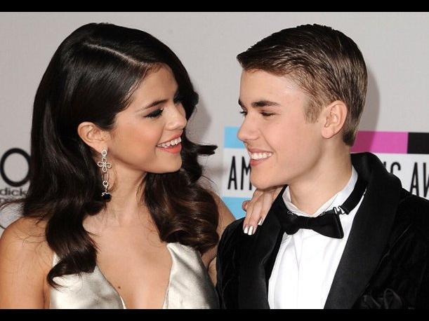 Selena Gómez y Justin Bieber causan revuelo en las redes sociales al salir juntos en video
