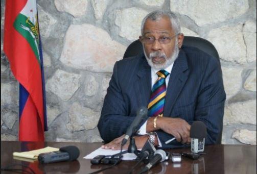 Acusan a exembajador haitiano de hablar medias verdades en carta a Martelly