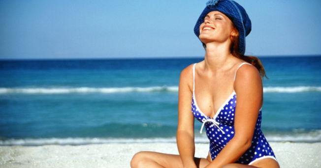 ¿Sabías que largas horas bajo el sol pueden provocar quemaduras en los ojos?