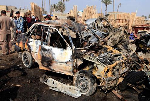 Al menos 35 muertos en un atentado con coche bomba en el este de Irak
