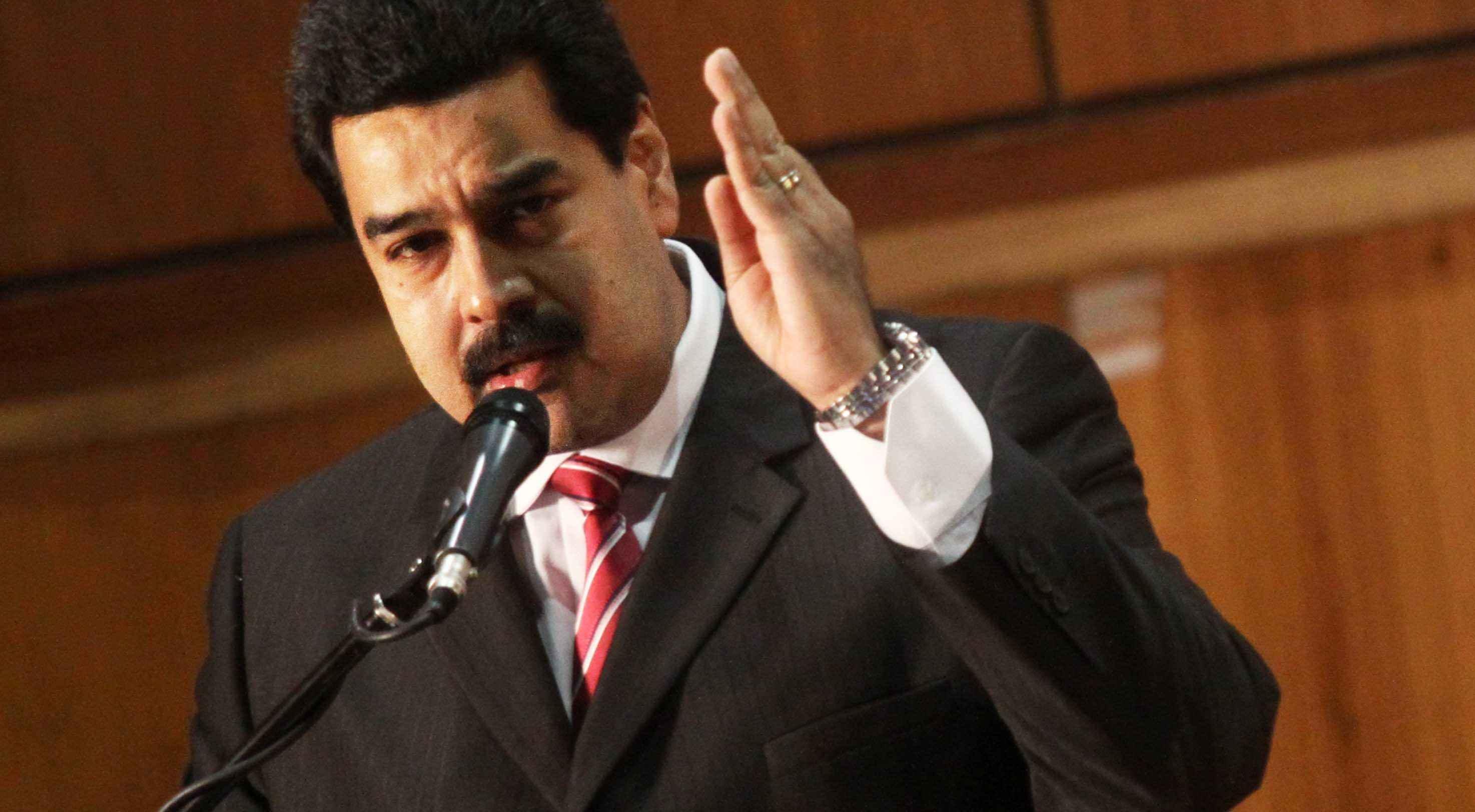Maduro felicita a EE.UU. y Cuba por reabrir embajadas y pide levantar bloqueo