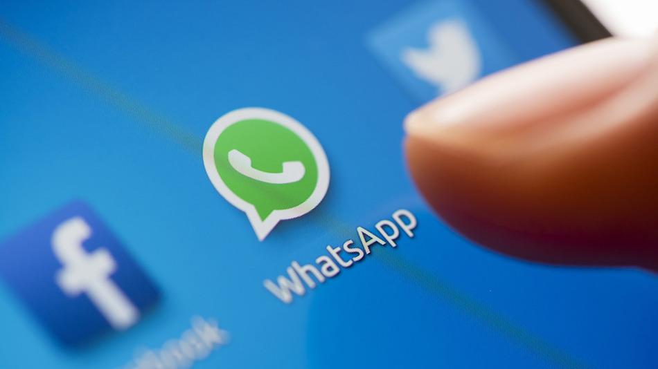 WhatsApp tiene ya 900 millones de usuarios activos cada mes