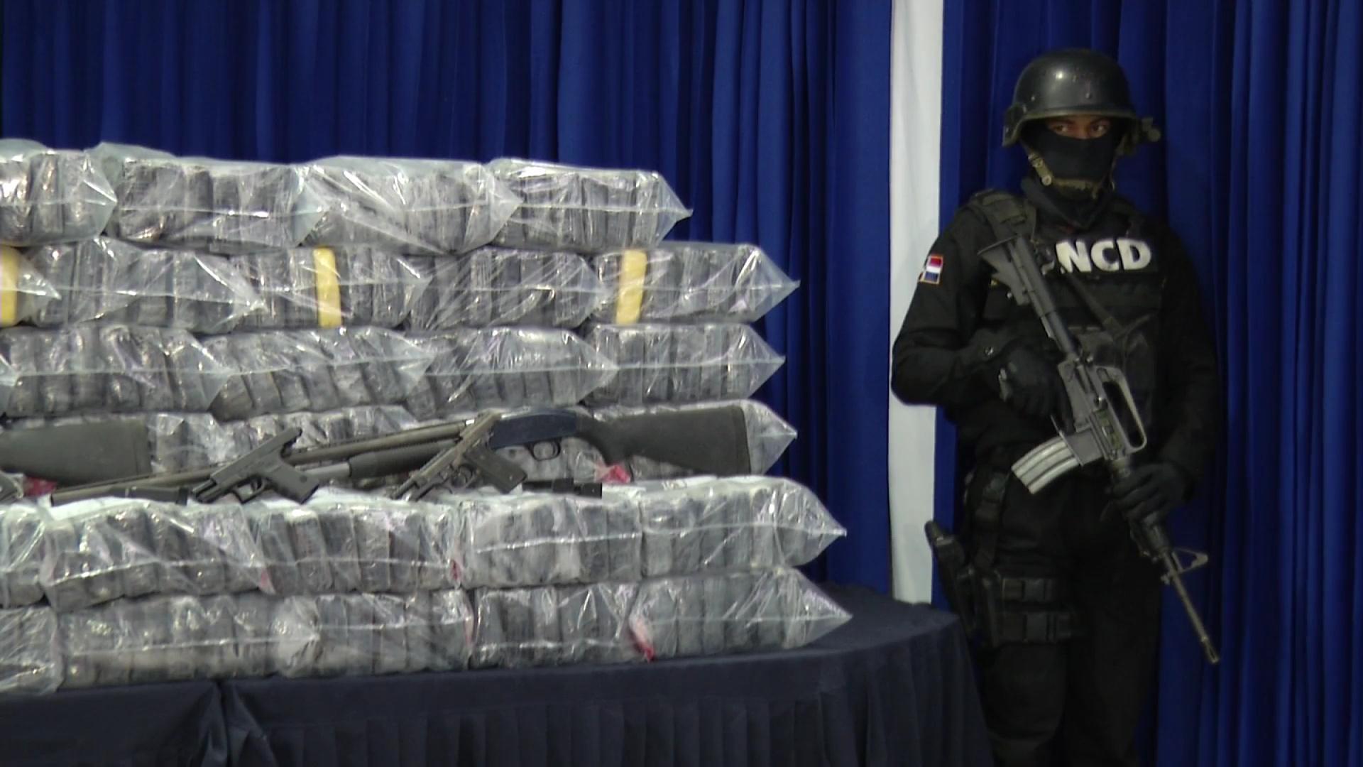 Decomisan 597 paquetes presumiblemente de cocaína procedente de Colombia