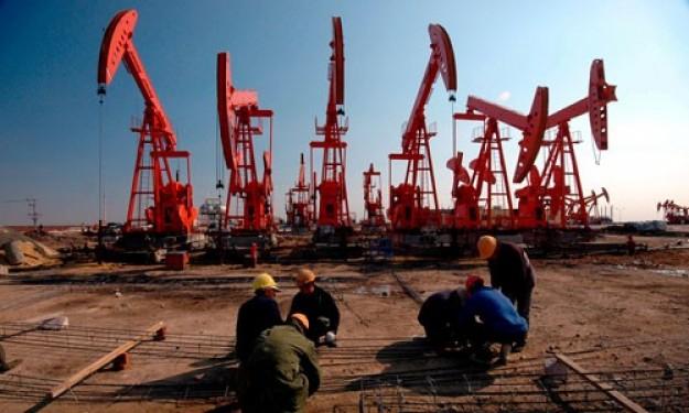 El petróleo de Texas abre con una subida del 2,71 % hasta 45,89 dólares
