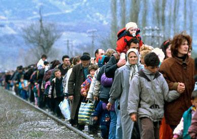 Merkel niega que Alemania esté desbordada por la avalancha de refugiados