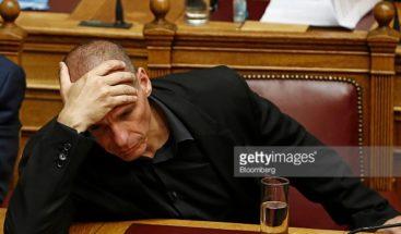 Varufakis no confía en que el Eurogrupo alcance un acuerdo sobre Grecia