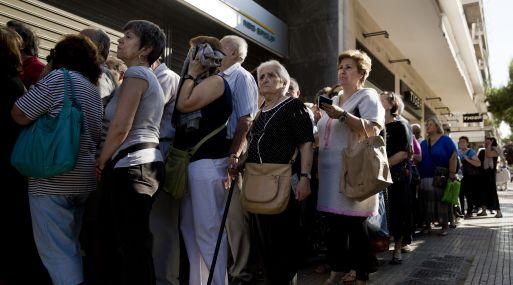 Grecia se prepara para apertura de los bancos este lunes