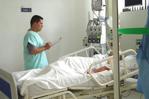 Un enfermo de cáncer se somete a la primera muerte asistida, de manera legal