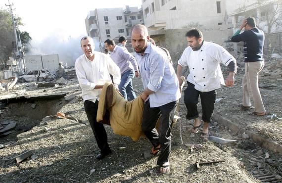 Al menos 69 civiles muertos por bombardeos del régimen en un día en Siria