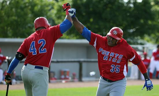 12-6 Puerto Rico vence a RD en el torneo de béisbol