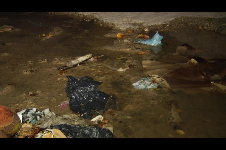 SIN en tu barrio: Denuncian mal estado de las calles en Haina