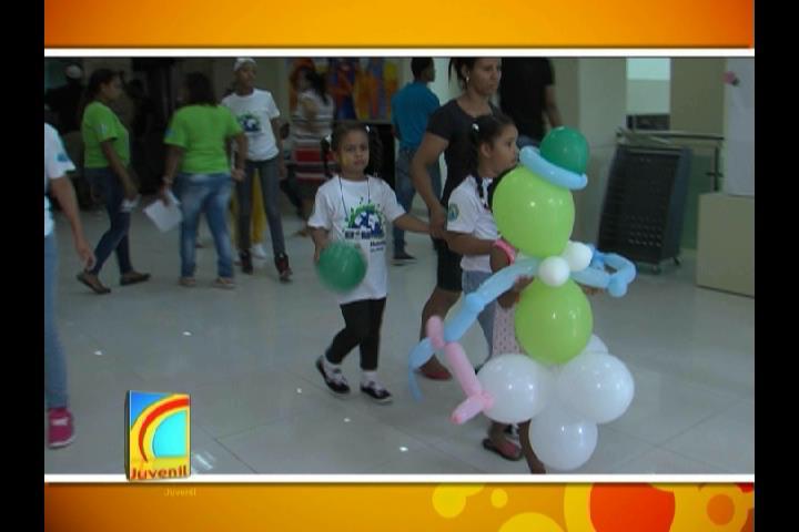 Más de mil 200 niños y adolescentes disfrutan de un campamento gratis