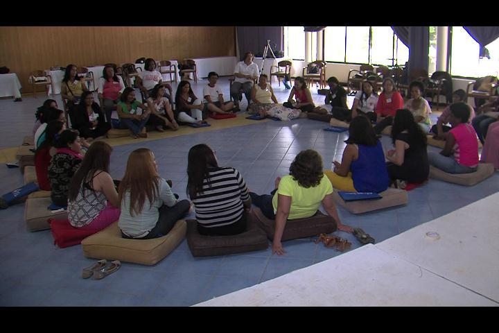 Crean grupos para capacitar mujeres víctimas de violencia