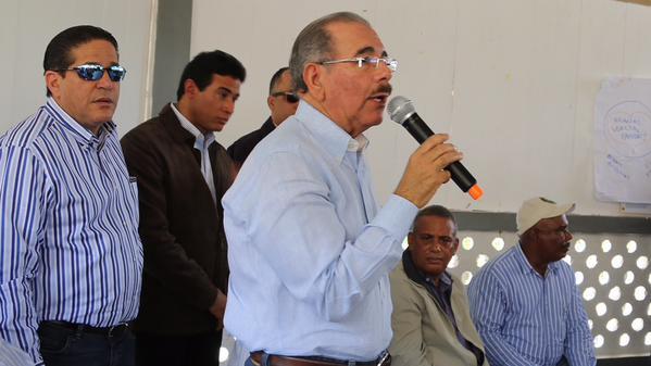 Danilo Medina autoriza financiamiento a productores de plátano en Tamayo