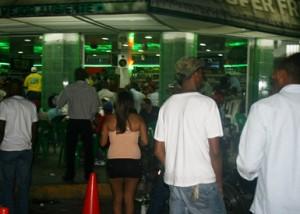 MIP clausura 11 centros de  expendio de bebidas alcohólicas