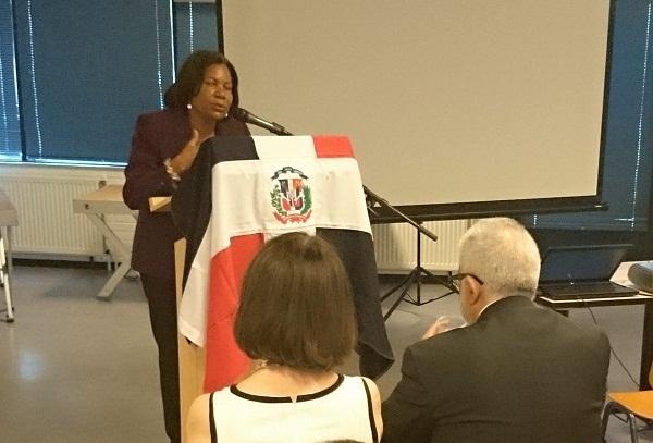 Consulado RD en Holanda inicia jornada de información Plan Regularización