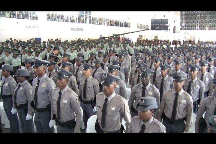 Lanzan 1800 nuevos agentes a las calles para reforzar seguridad
