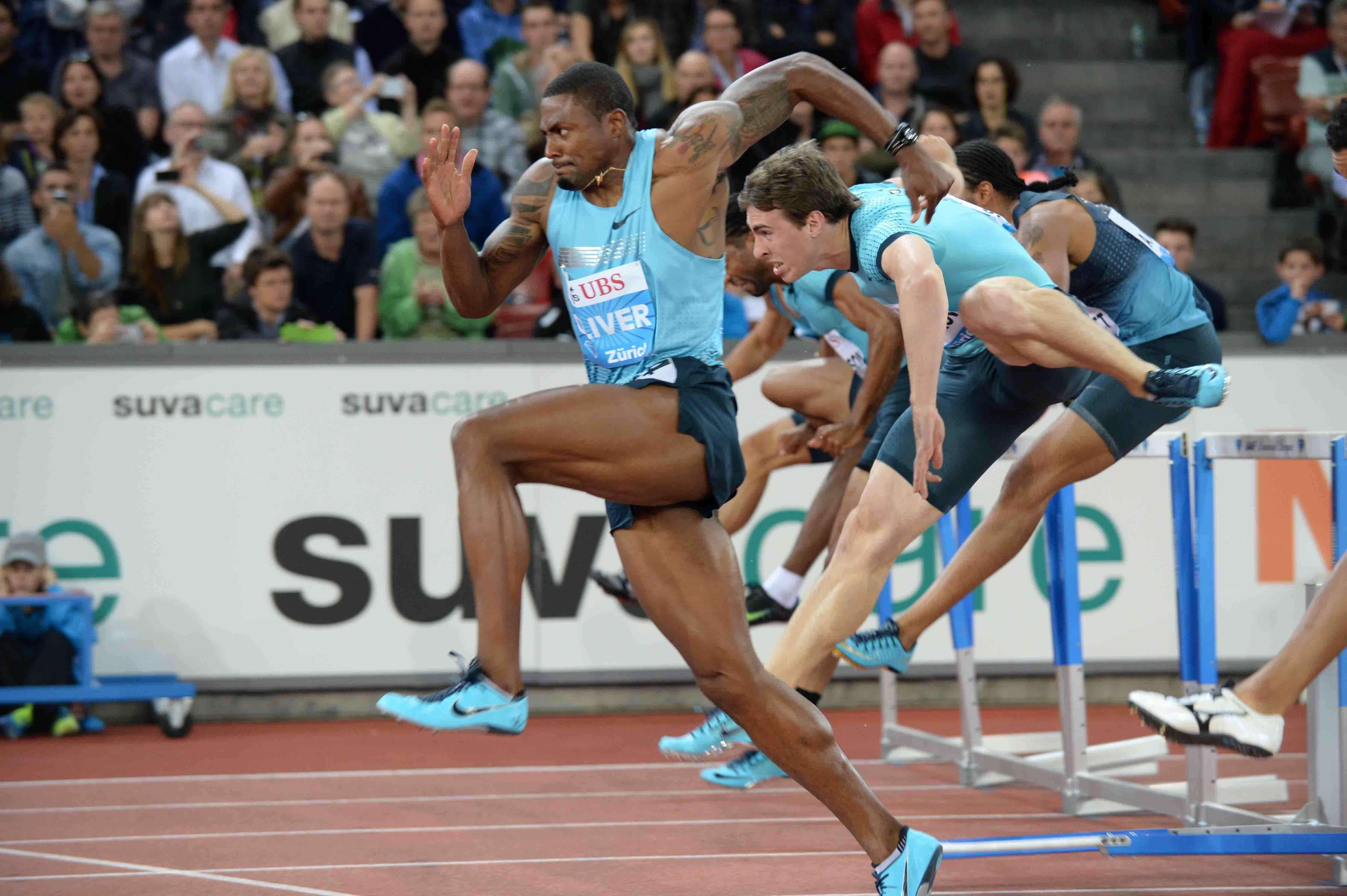 Campeón mundial implanta récord panamericano en 110 metros vallas