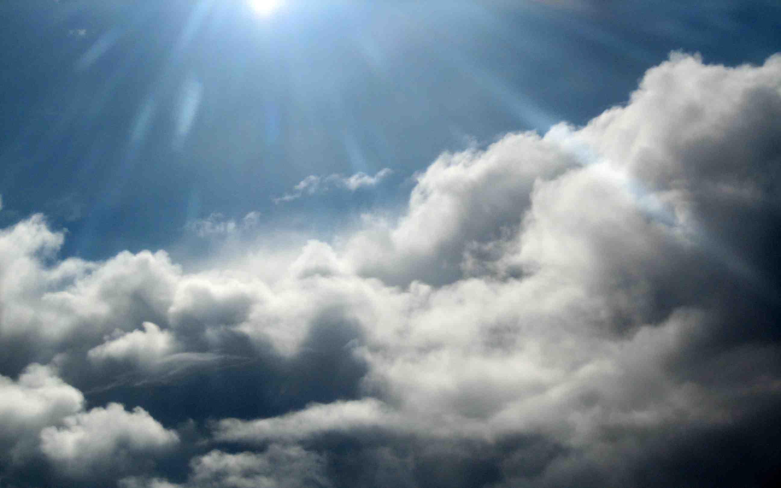 Vaguada provocará aguaceros y tronadas este martes, informa Meteorología