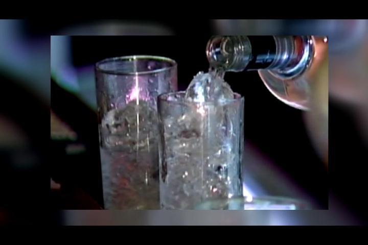 ¿Cuáles son las consecuencias de consumir bebidas energéticas en exceso?
