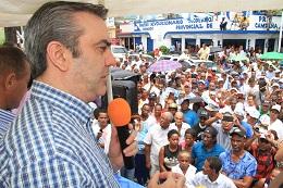 Abinader dice Danilo Medina le ha incumplido a Cotuí