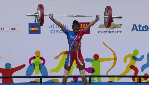 Panamericanos: Cándida Vásquez impone 2 récords y gana oro; Pirón plata en pesas