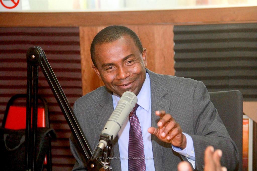 Ministro de Comunicaciónes de Haití propone negociar protocolo de repatriación con RD