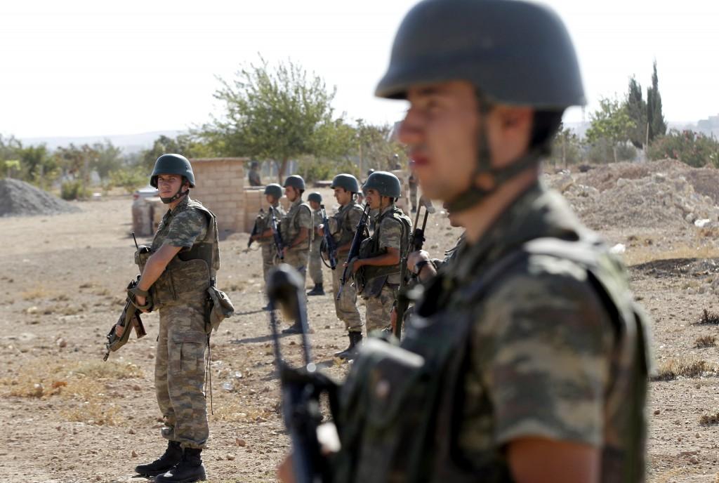 Turquía permitirá a EEUU lanzar ataques contra el Estado Islámico desde sus fronteras