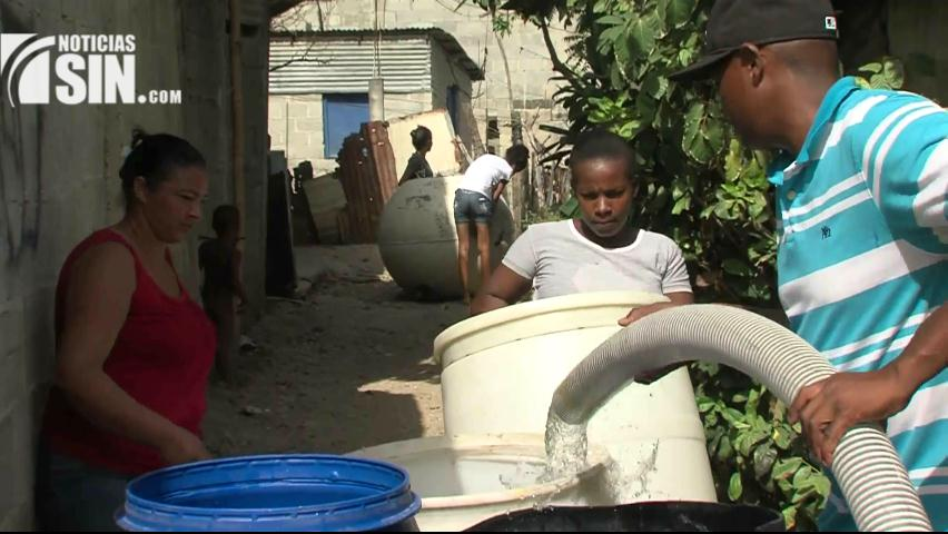 Denuncian falta de agua en sector San José de autopista Sánchez