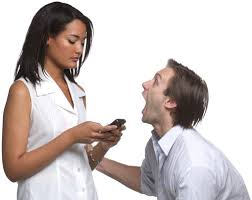 Si quieres que tu felicidad dure: No la publiques en las redes sociales