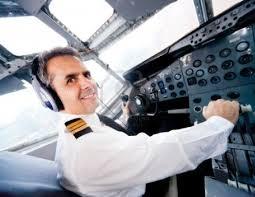 Agencia recomienda hacer evaluación psicológica a pilotos