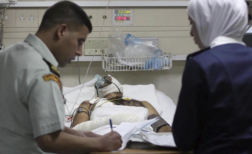 Aumentan los heridos sirios por bombardeos en Jordania