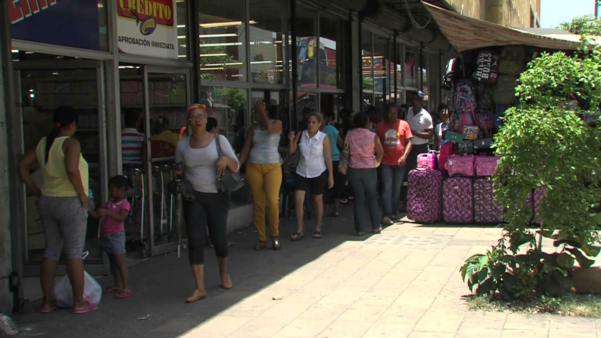 Comerciantes esperan que ventas aumenten por celebración de día del padre