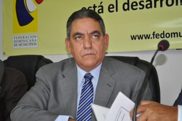 Realizan vigilia en SFM en contra alcalde Félix Rodríguez