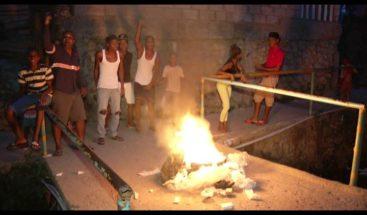 SIN en tu barrio: Residentes en Las Cañitas exigen limpieza de cañada