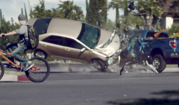 Después de ver este impresionante video seguro jamás mirará el teléfono al volante