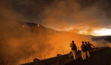Sequía provoca incendios en California; dejan un muerto y miles de evacuaciones