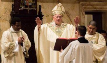 """Cientos acuden a misa por """"la paz y la justicia"""" en RD y Haití en catedral de Brooklyn"""
