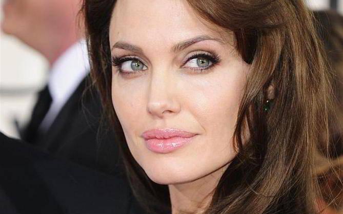 Angelina Jolie producirá una película de animación sobre una niña afgana