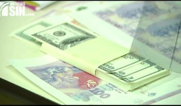 Policía confisca laboratorio de dólares falsificados