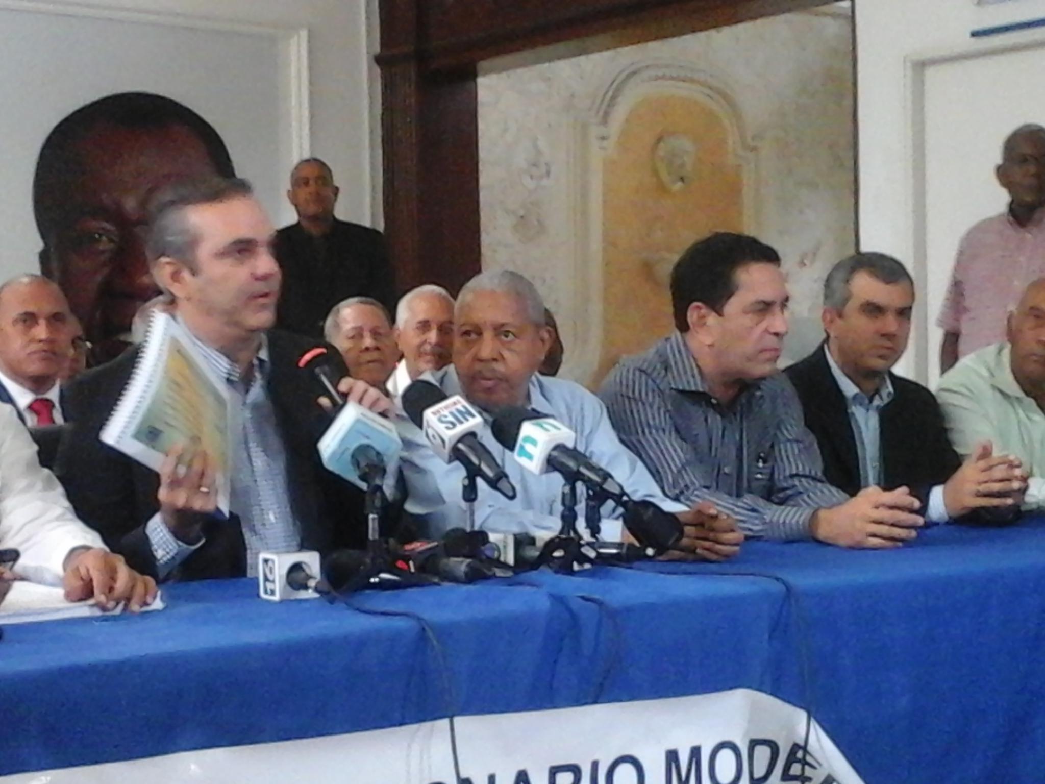 Abinader asegura que de 166 visitas sorpresas Medina sólo ha cumplido 18 en la región Sur