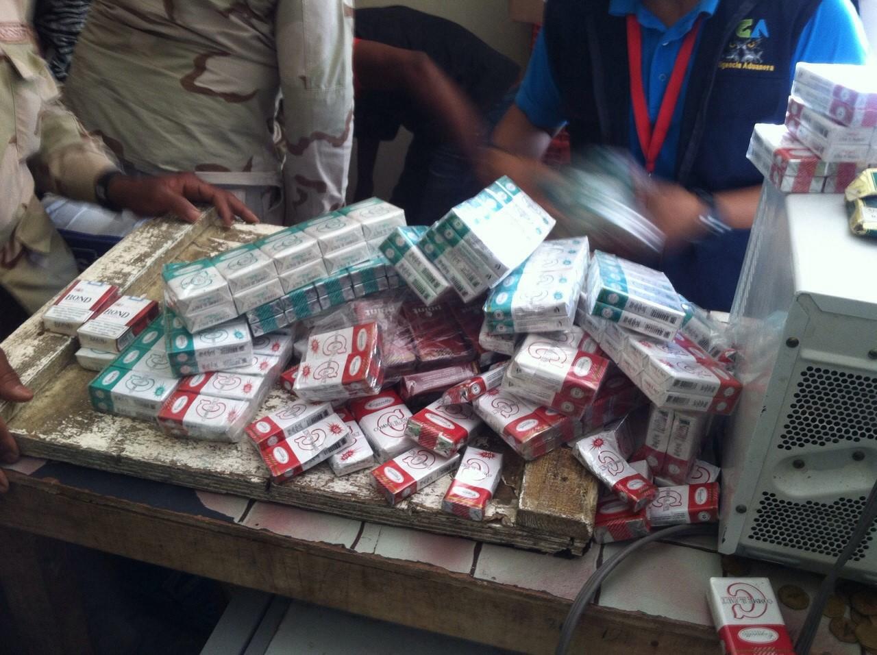 Prisión preventiva contra dos hombres implicados en contrabando de cigarrillos