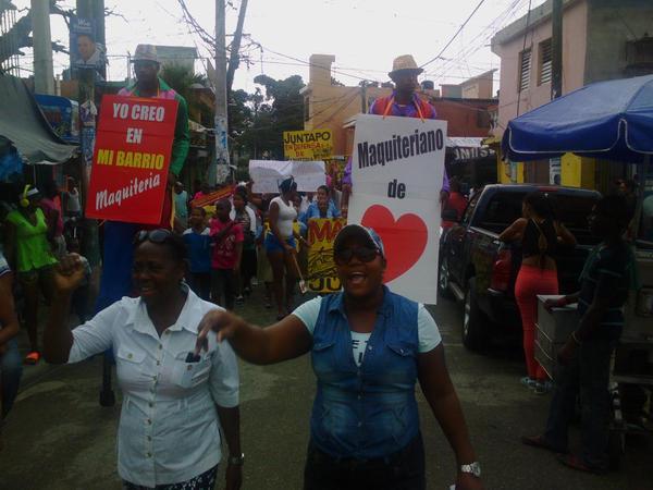 Marchan en Maquiteria en rechazo a difamaciones contra ese sector