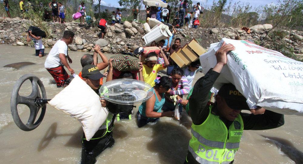 Venezuela ha deportado más de 1300 colombianos en 15 días, dicen autoridades