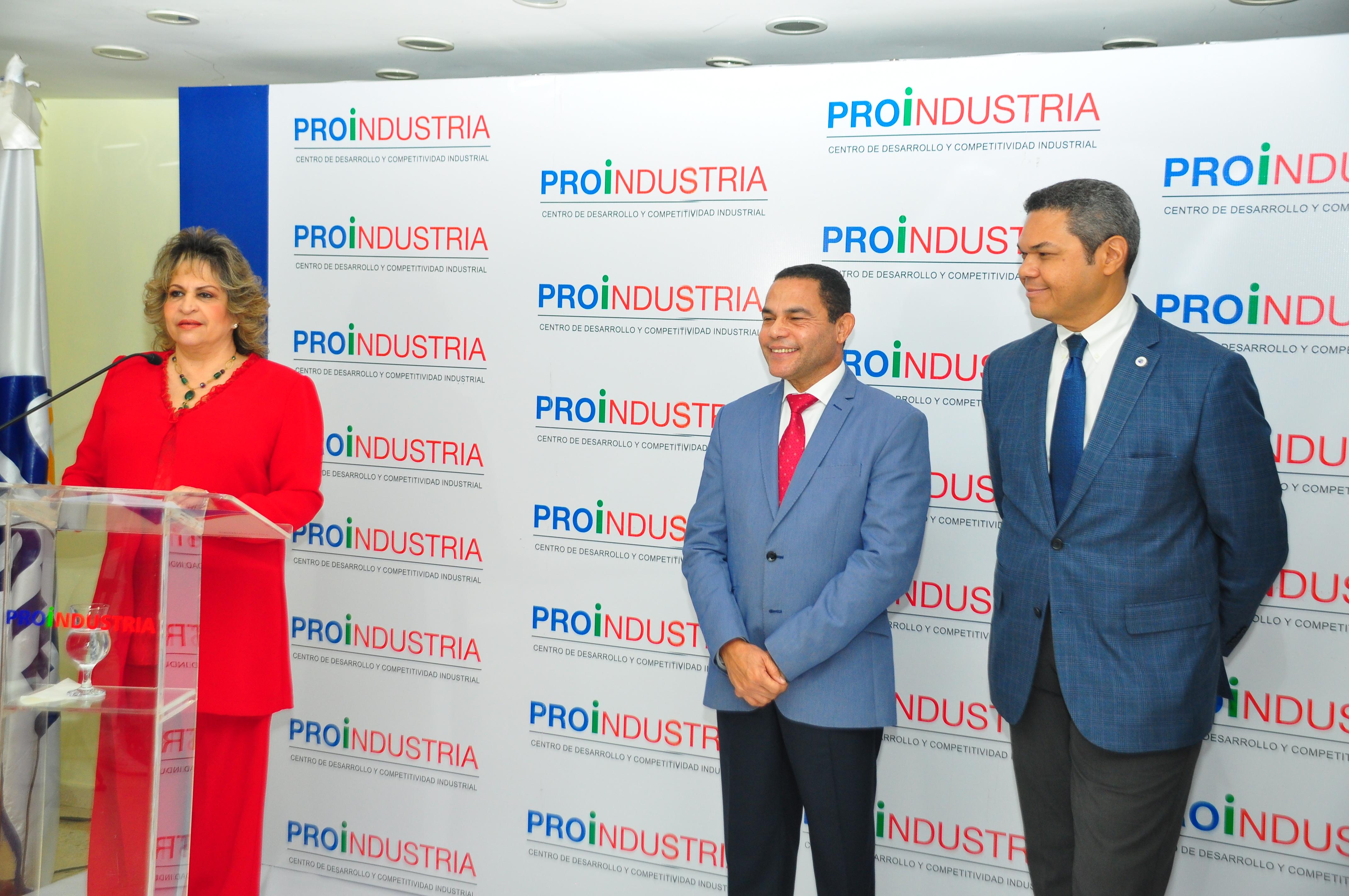 PROINDUSTRIA y el INFOTEP inician programa nacional de capacitación