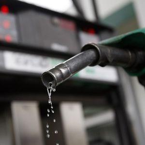 Maduro cifra en casi 11.000 millones dólares el ahorro por contrabando de gasolina