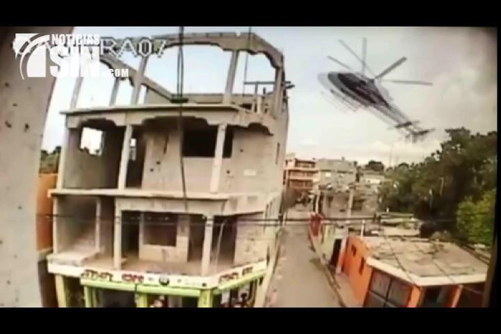 ¡Captado en cámara! Momento en que se precipitó helicóptero en Maquiteria