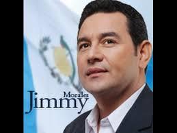 Actor comediante Jimmy Morales gana comicios en Guatemala, pero habrá segunda vuelta