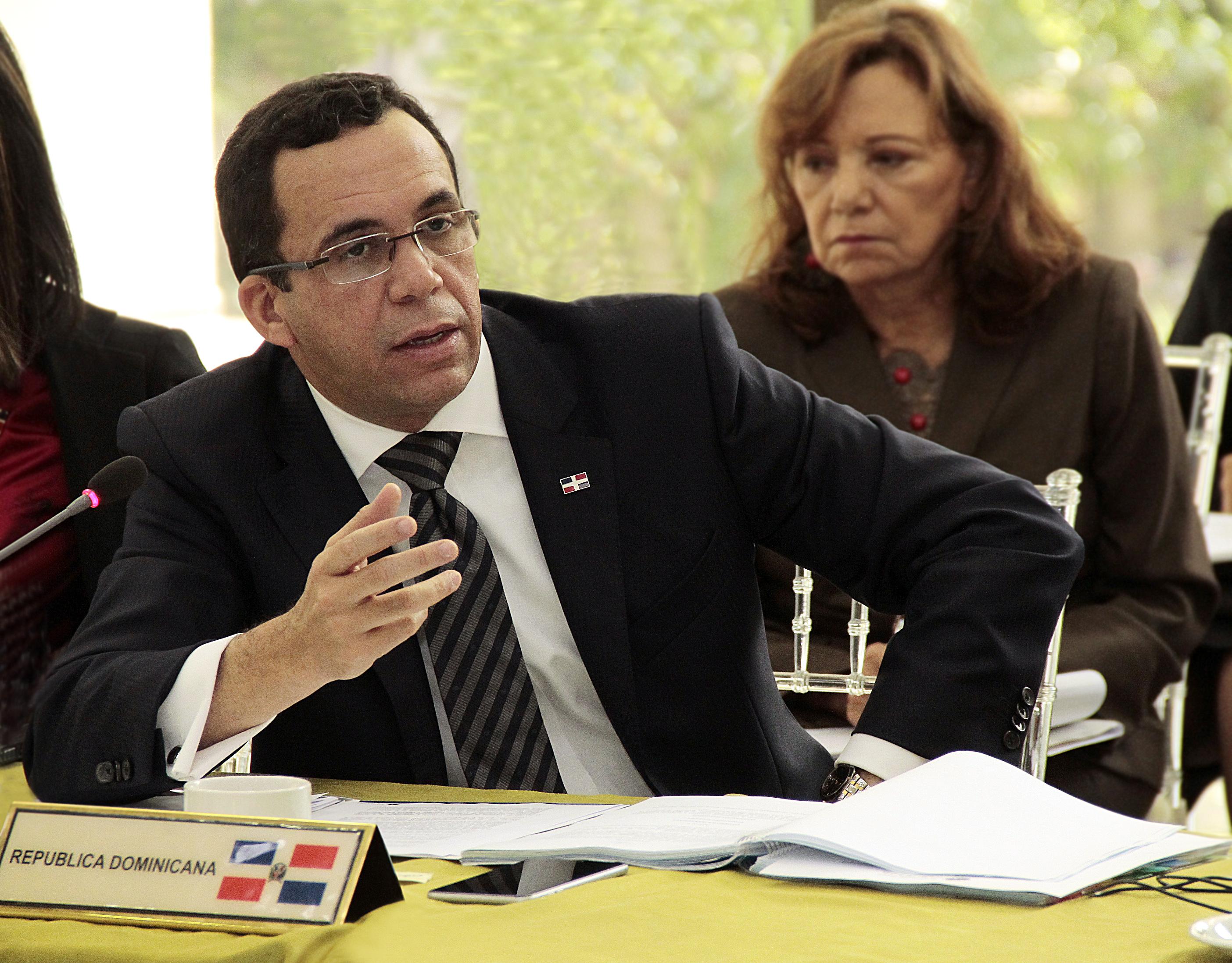 Cancillería llama a consulta embajador dominicano en Haití