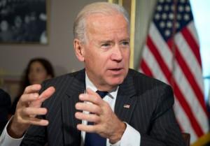 Donantes demócratas piden a Biden que se postule a las presidenciales en EEUU